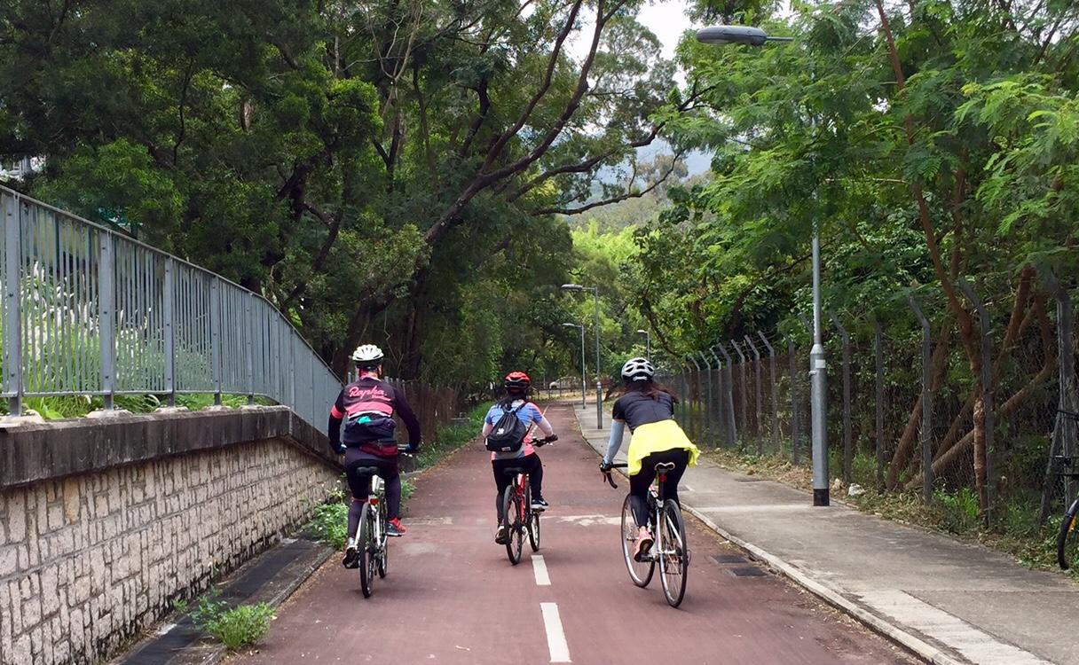 Bike path towards Mui Shu Hang Road
