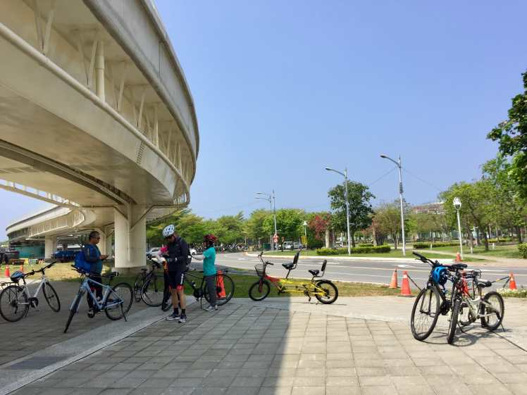 Our meeting place at the Kaohsiung Light Rail Love Pier Station