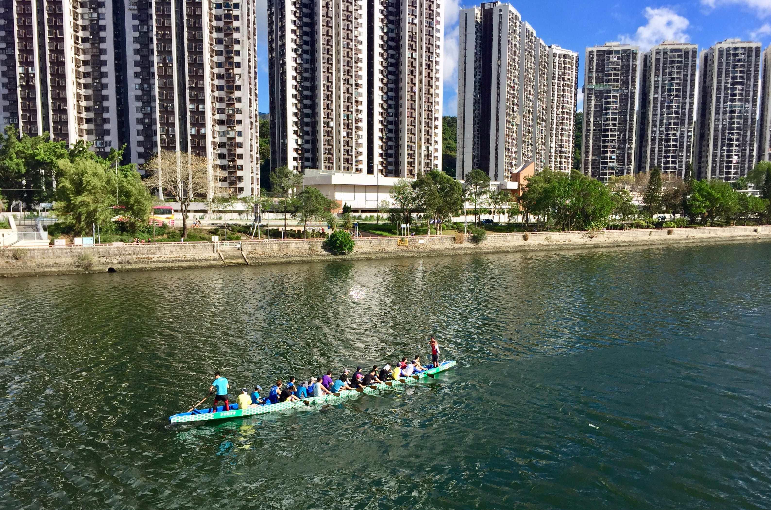 Dragon Boat rowers practising in the Shing Mun River