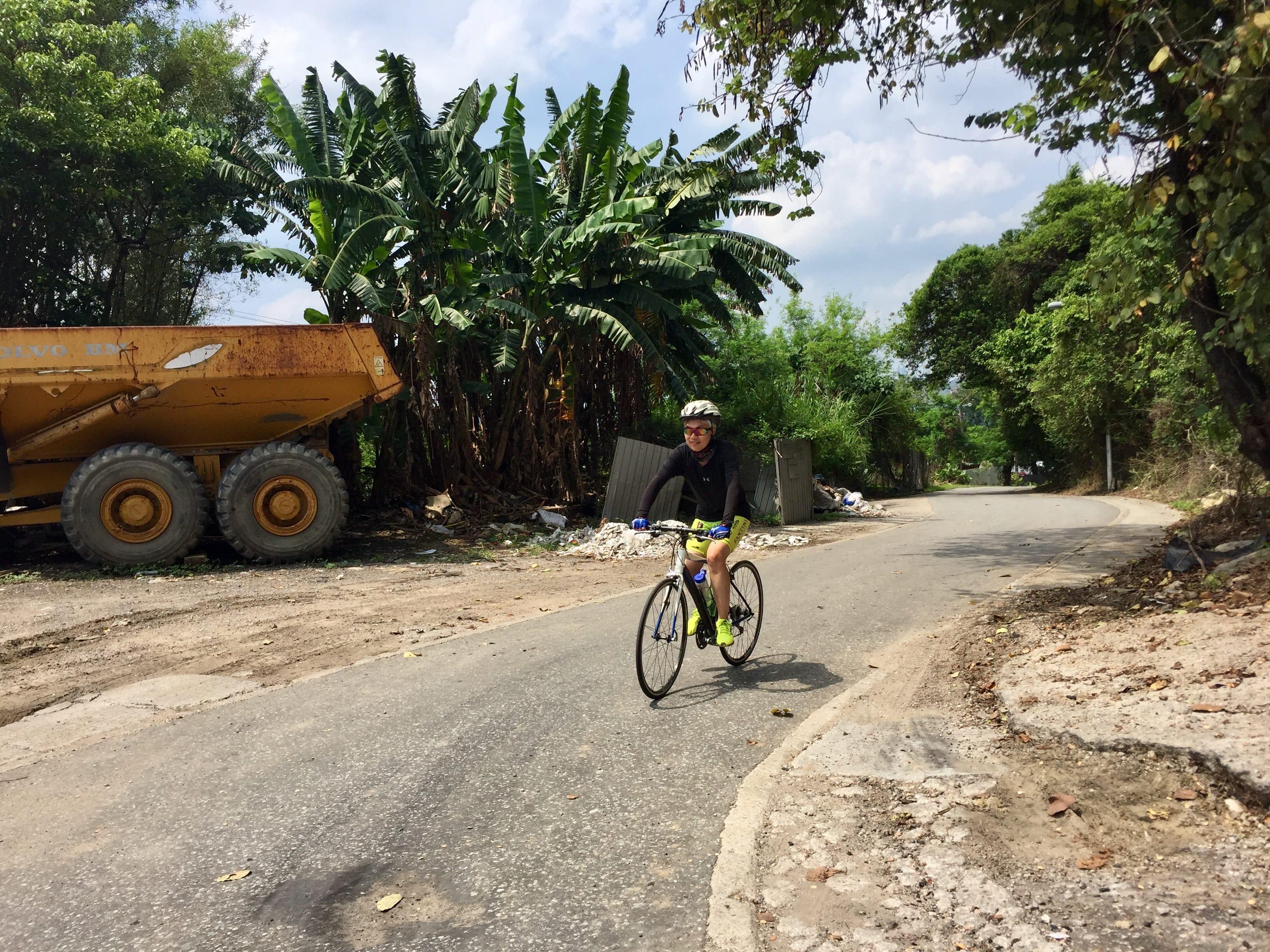 Climbing up the Shek Wu Wei Road