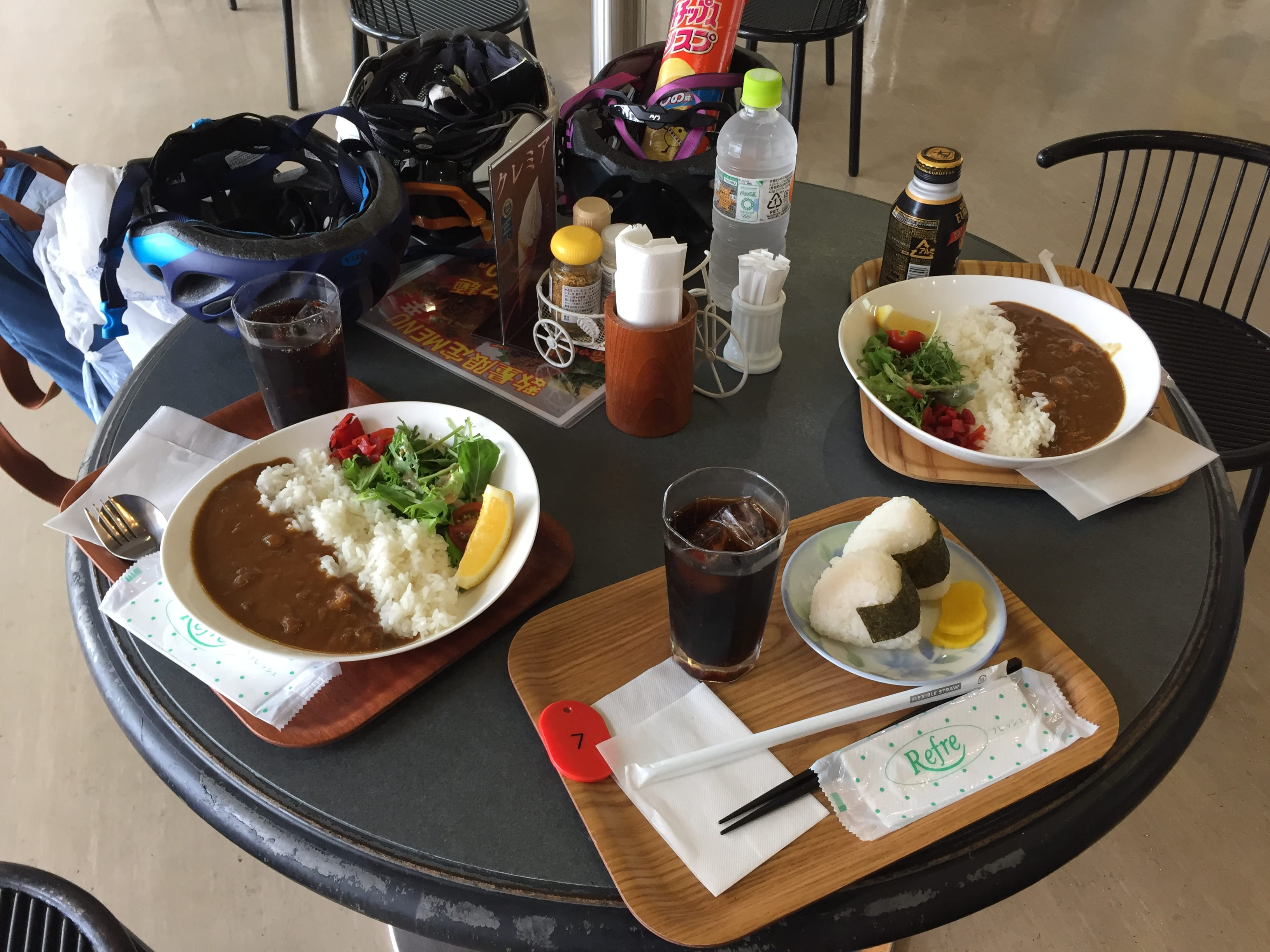Simple Japanese rice rolls and curry rice dish for our lunch at Setoda Sunset Beach