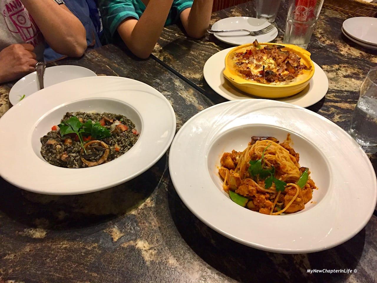 烏賊墨燉飯,辣味蕃茄雞肉義大利圓麵,波隆納肉醬焗斜管麵 Grazie Squid Ink Risotto, Spaghetti Arrabiata with Chick and Penne Cheese Gratin with Meat